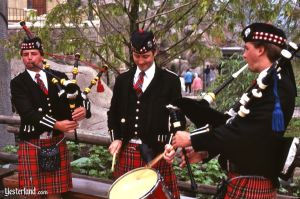 wsthennow3_kilts1983ww